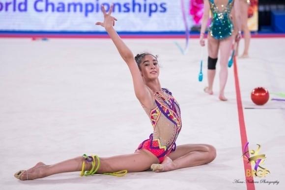 Ева Брезалиева трета във временното класиране на многобоя в Москва