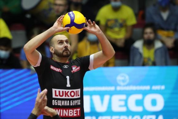 Първо в Sportal.bg: Сериозно наказание за Георги Братоев от Дисциплинарната комисия на БФВ