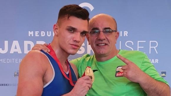 Ясен Радев и Уилиам Чолов спечелиха титли за България