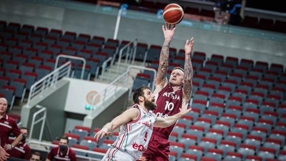 Звездите на Латвия си тръгнаха с подвита опашка от националния отбор