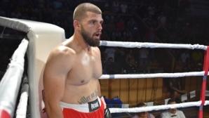 Яйцето се качва на ринга в петък, подгрява битка на Тони Йока в Нант