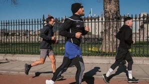 Конър Макгрегър пробяга 150 км, за да помогне на училище
