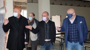 """СБАЛТОСМ """"Проф. д-р Димитър Шойлев"""" се мести в нова сграда, министър Кралев направи оглед на новото съоръжение"""