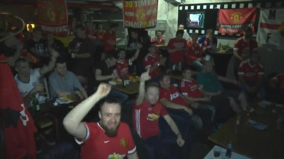 """Българските фенове на Юнайтед подкрепят """"Червените дяволи"""" на финала срещу Аякс"""