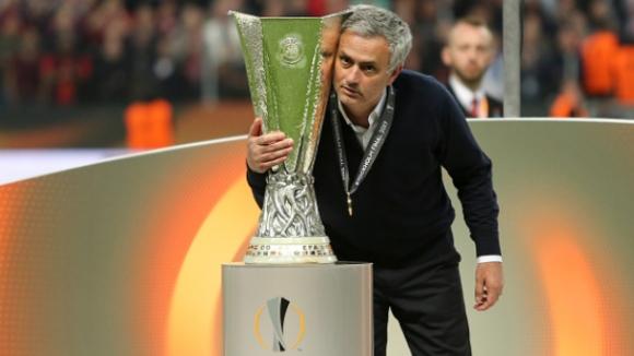 Манчестър Юнайтед ще играе в Шампионска лига