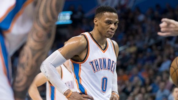 """Ръсел Уестбрук спечели приза за """"Най-полезен играч"""" в NBA"""