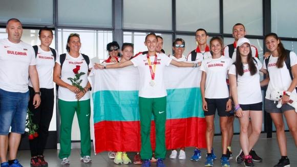 Българските лекоатлети се завърнаха от Европейското първенство за младежи и девойки
