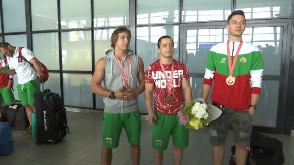 Прибраха се медалистите от Олимпийски игри за глухи