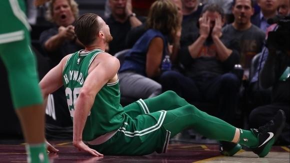 Ужасяваща контузия на звезда в NBA