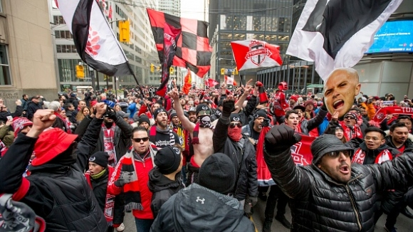 Торонто отпразнува титлата от MLS със своите фенове