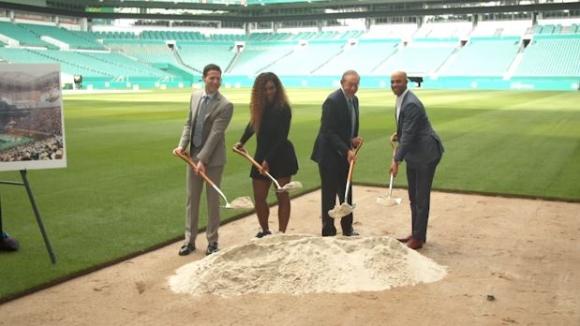 Серина Уилямс направи първа копка на новия дом на турнира в Маями