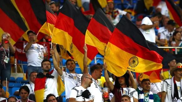 Германия без Йозил и Кедира срещу Швеция