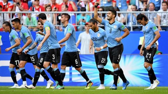 Кавани и компания стопиха ентусиазма на Русия в последния мач от групата