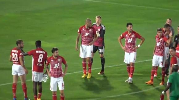 Мауридес полудя след радост на Моци пред феновете на ЦСКА-София