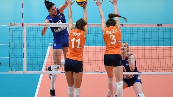 Сърбия е първият финалист на Световното по волейбол при жените