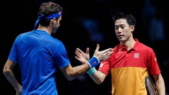 Слабо начало за Федерер в Лондон