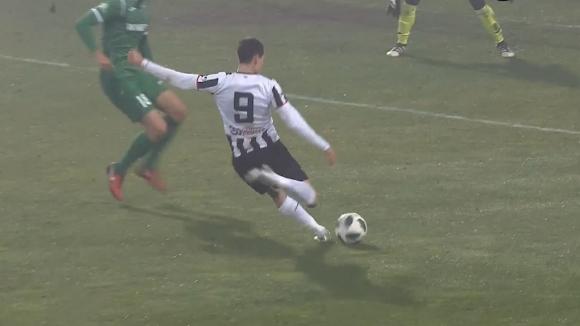 Карагерен прониза вратата на Ботев (Враца) за 1:0