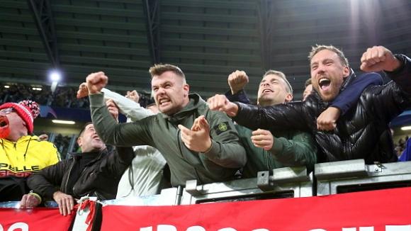 Феновете на Ман Юнайтед за уволнението на Моуриньо: Прекрасни новини