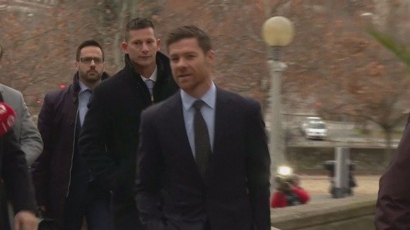 Чаби Алонсо също е в съда в Мадрид за укриване на данъци
