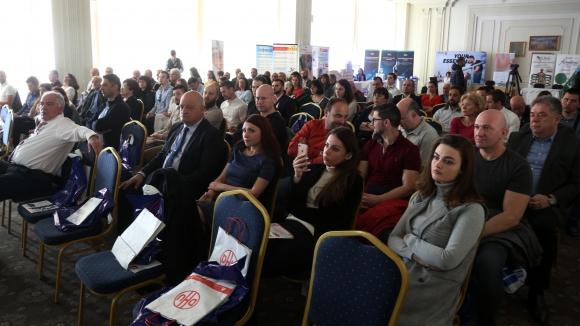 Медицинска конференция събра над 100 специалисти от различни страни