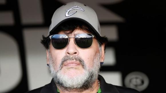 Марадона призова да не се гледа биографичния му филм