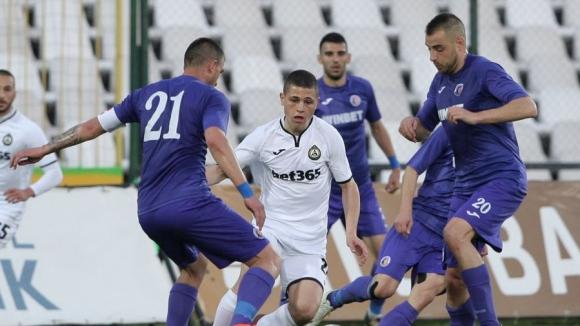 Етър пречупи Славия и ще играе за Лига Европа с Левски