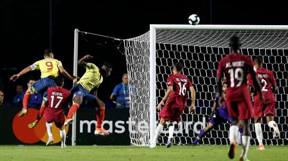 3 от 3 за Колумбия на Копа Америка