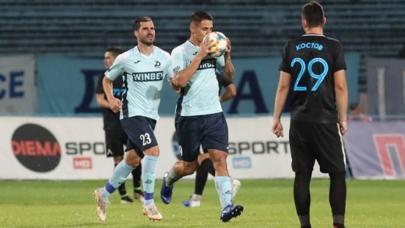 Ахмед Ахмедов върна интригата в мача и намали преднината на Левски