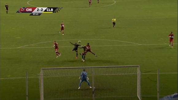 Късен гол спаси Кълъмбъс от загуба срещу тима на Швайнщайгер