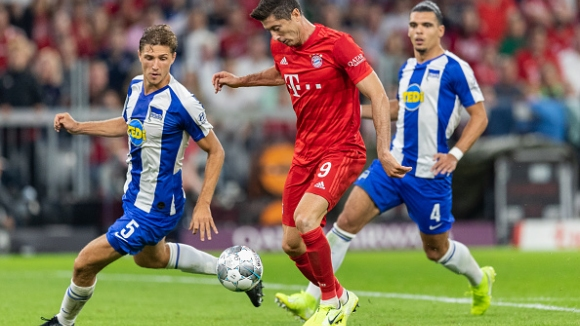 Байерн се подхлъзна в Мюнхен на старта на новия сезон