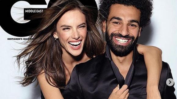 Мо Салах и Алесандра Амброзио се забавляват снимайки реклама за популярно списание
