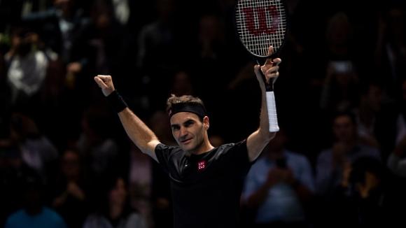 Федерер би Джокович в Лондон и остави Надал на върха на световния тенис