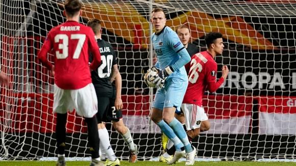 """Юнайтед избухна с четири гола за 11 минути и завърши на върха в група """"L"""""""
