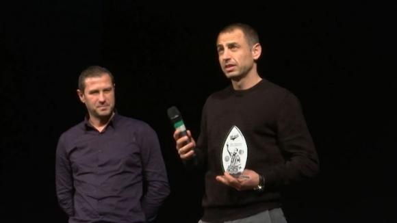 Феновете на Локо (ПД) на крака пред легендата Георги Илиев