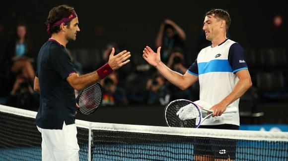Федерер пречупи Милман в епичен мач на Australian Open