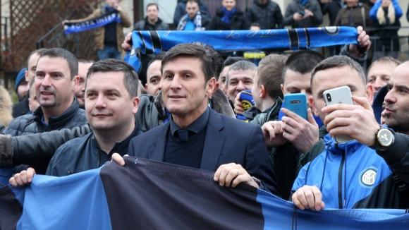 Легендата Санети подлуди феновете на Интер преди мача в Разград