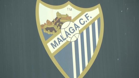 Футболисти на Малага с жест към възрастни хора