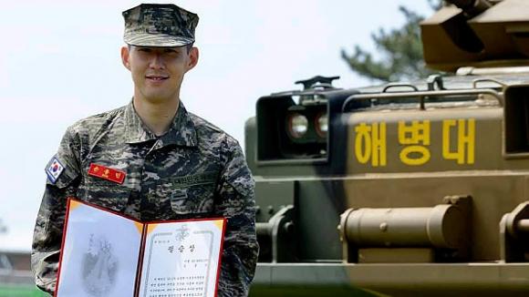 Хюн-Мин Сон говори за военната си служба