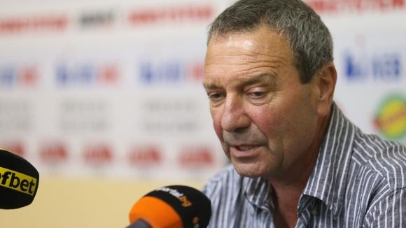 Румен Вълков: УЕФА дава по 100 000 евро в България