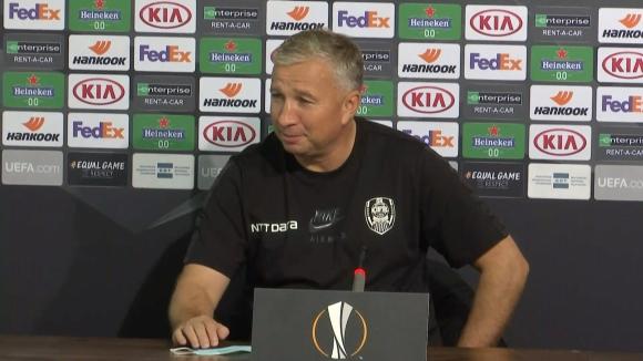 """Дан Петреску: Гледах 7 мача на """"червените"""", които се подсилиха с много добри играчи"""