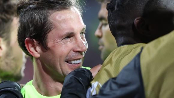 Дяк от дузпа вкара втори гол във вратата на Бусато