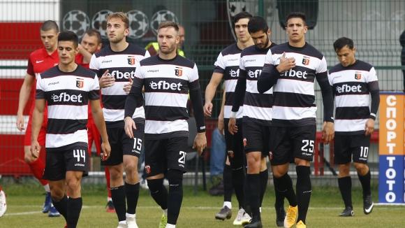 Локомотив (Пловдив) разби Царско село с 3:0 като гост