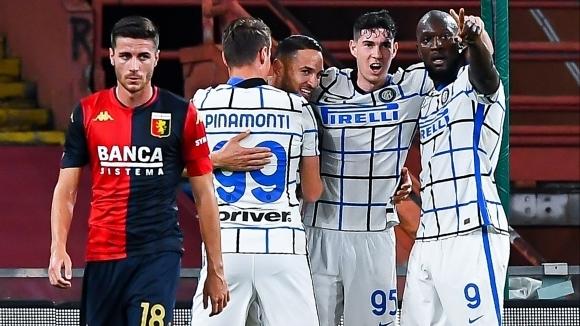 Интер се върна към победите с 2:0 срещу Дженоа