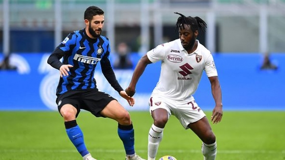 Интер обърна Торино от 0:2 до 4:2