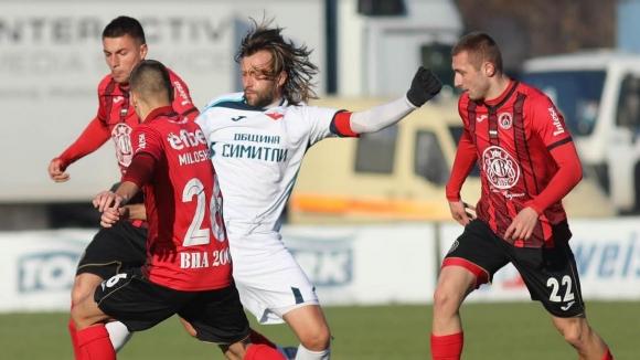 Локомотив (София) се завърна на върха във Втора лига