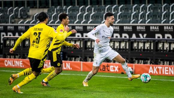 Гладбах сложи край на негативната серия срещу Дортмунд