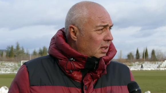 Валентин Грудев: Няма да привличаме нови, Макута остава в Берое