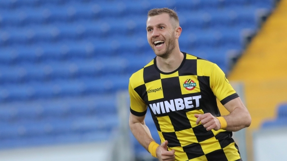 Атанас Илиев възстанови равенството с втория си гол в мача